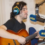"Julien du groupe ""The season"" en live sur l'antenne"