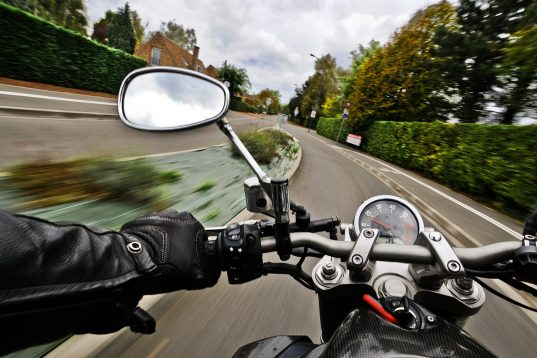 motorcycle-1827482_1280
